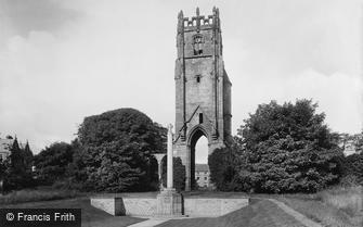 Richmond, War Memorial and Grey Friars Tower 1923