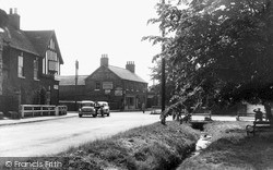 The Crossroads c.1960, Rillington
