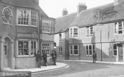 Ringwood, Boys In The Street 1890