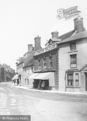 Ringwood, London Bazaar 1890