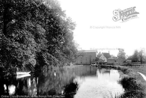 Ringwood,the Millstream 1900,Hampshire