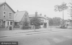 Ripley, Wesleyan Church And Post Office 1915
