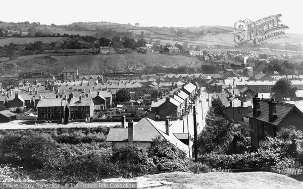 Risca, Dan-Y-Graig Road c1955