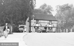 Riverhead, The Bullfinch, London Road c.1955