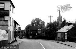 Riverhead, The Square c.1950