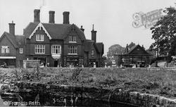 Riverhead, The Square c.1955