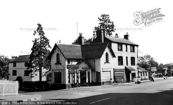 Photo of Road Weedon, Jan's Folly c.1965