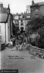 Laurel Inn c.1960, Robin Hood's Bay