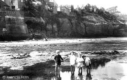 On The Beach 1927, Robin Hood's Bay