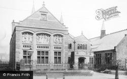 Rochdale, Free Library 1906