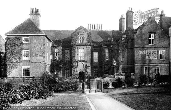 Rochester, Restoration House 1889