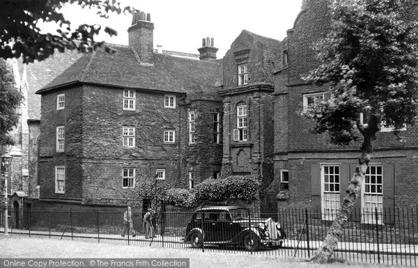 Great Photo Of Rochester, Restoration House C.1955