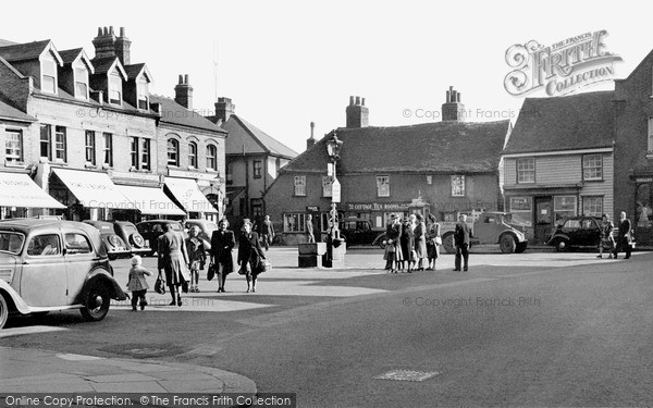 Photo of Rochford, Market Square 1948, ref. r226006