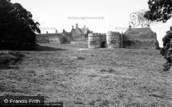 Castle 1950, Rockingham