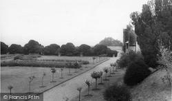 Castle Ground c.1960, Rockingham