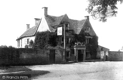 Rodborough, Bear Hotel 1901