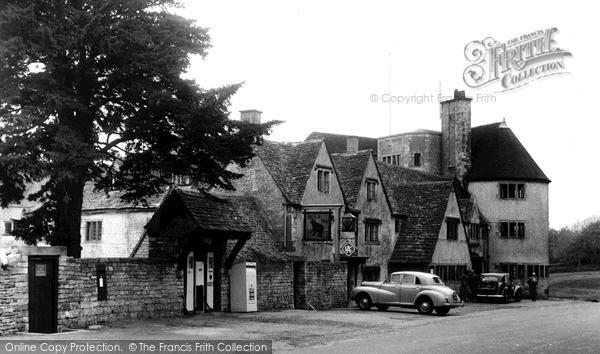 Rodborough, Bear Inn c1960