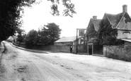 Rodborough, the Bear Inn 1910