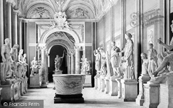 Rome, The Vatican, Gallery Of Statues c.1865