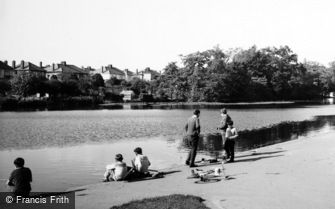 Romford, Boys Fishing in Raphael Park Lake c1950