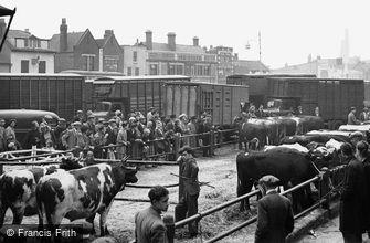 Romford, Cattle Market c1950