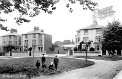 Romford, Laurie Square 1908