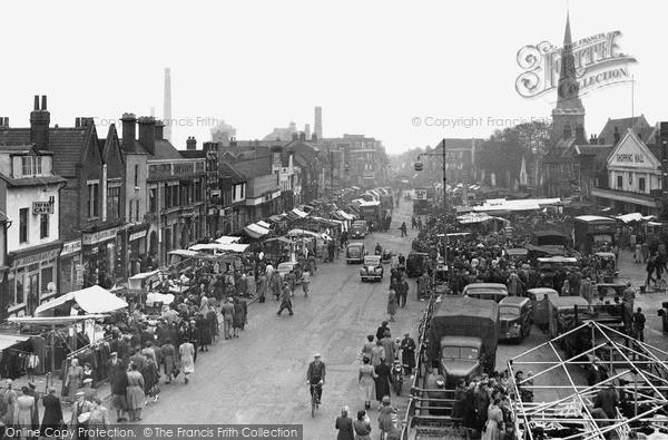 Photo of Romford, Market c.1950