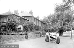 Romford, Quaint Cottages On High Road 1908