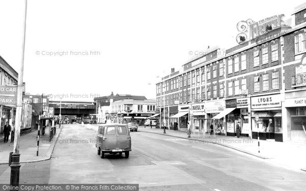 Romford, Station Parade, South Street c1965