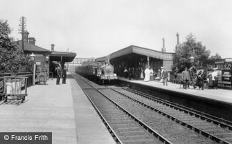 Romford, the Railway Station 1908