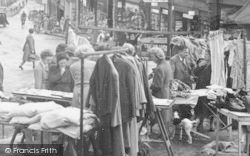 Ross-on-Wye, Broad Street, Market Stalls c.1955