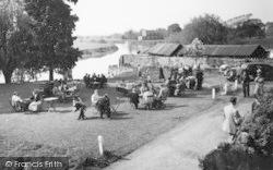 Ross-on-Wye, Riverside Tea Gardens c.1960