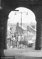 Ross-on-Wye, Through The Arch c.1938
