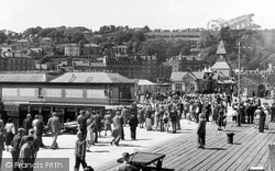Rothesay, Arrival Of Visitors c.1955