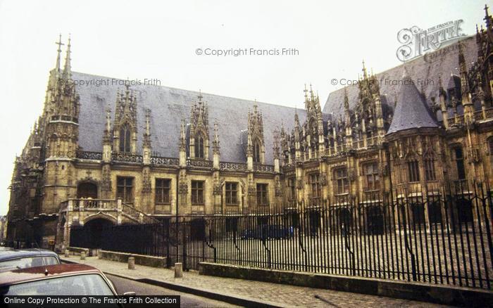 Photo of Rouen, Palais De Justice 1983