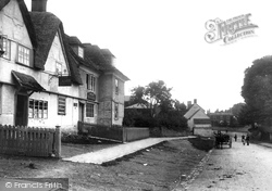 The Village 1899, Rowde