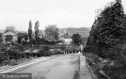 Manley Bridge 1930, Rowledge