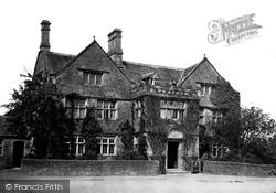 The Peacock Inn c.1864, Rowsley