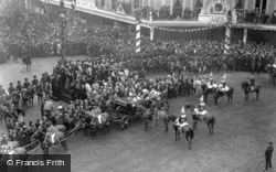 Emperor Of Germany At Oxford Circus 1907, Royalty