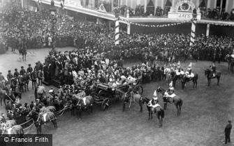 Royalty, Emperor of Germany at Oxford Circus 1907