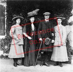 Family c.1900, Royalty