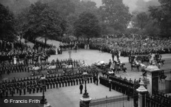 Queen Victoria Leaving Buckingham Palace, Jubilee Day 1897, Royalty