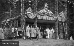 Royal Pavilion 1905, Royalty