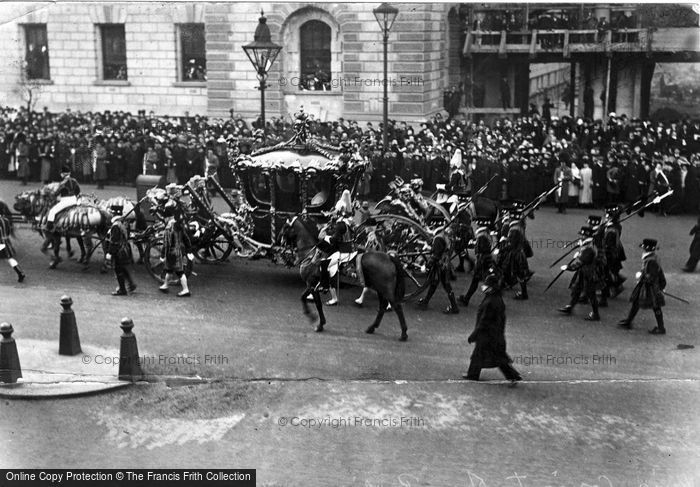 Photo of Royalty, The State Coach With Their Majesties, Parliament Street 1908