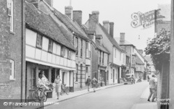Royston, Kneesworth Street c.1955