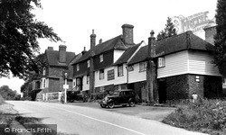 Rudgwick, The King's Head c.1955