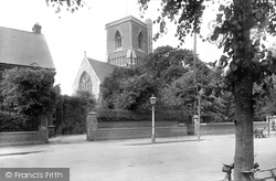 Rugby, Holy Trinity Church 1922