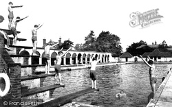 Rugby, The Open Air Swimming Baths 1932