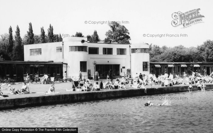 Photo of Ruislip, The Lido Art Deco Building c.1965