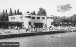 Ruislip, the Lido Art Deco Building c1965